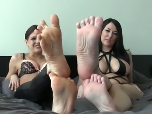 Tell us who has the sexiest feet