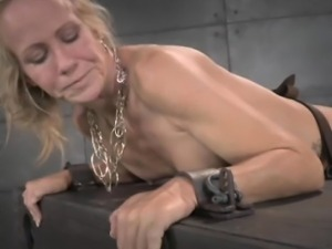 Squirting sub in brutal interracial ffm