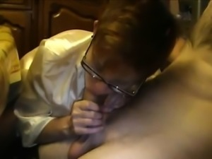 Amateur Mature Babe with glasses Blowjob