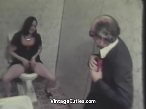Old Man Fucks Teeny Girl (1970s Vintage)