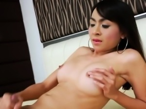 Sexy Asian Tranny Sugar A Gets Herself Off