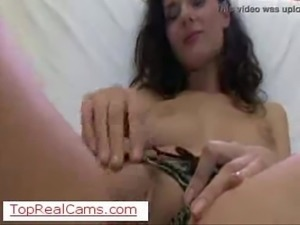 Live beautiful babe masturbation on TopRealCams.com on TopRealCams.com