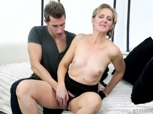 Fuck hungry buddy sucks nipples of mature fair haired slut Meryl Strip with...