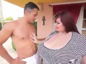 BBW HUGE TITS PERFECTION!