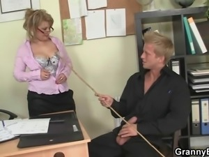 Hot office sex with old mature bitch
