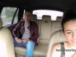 Busty taxi driver bangs in fake taxi