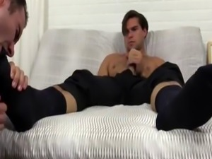 Gay boy foot fetish free videos first time Cameron Worships Aspen'
