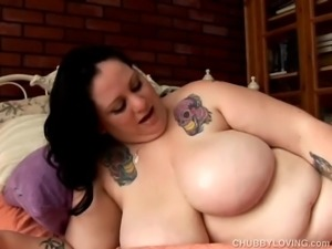 Big boobs and booty BBW is a very hot fuck
