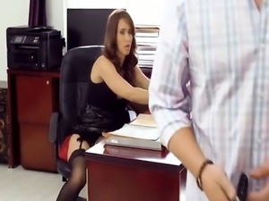 Brunette Chick Isis Love Riding Boss Long Schlong