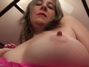 American busty mother feeding hairy old cunt
