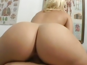 Alexis Texas Visits The Doctor
