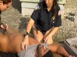 Sexy milf seduces young Break-In Attempt Suspect has to pound his way