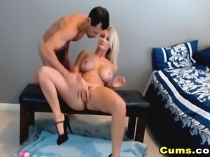 Gorgeous Blonde Babe Fuck By Her Boyfriend