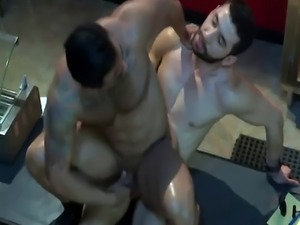 Muscly stud gives head and gets asshole banged